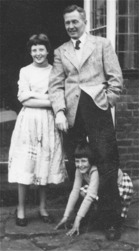 Vicky, George and Tiffa